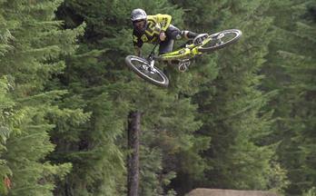 极限单车速降|Rémy Métailler 挪威哈菲尔公园玩冲山 够胆你就来