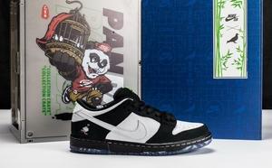 球鞋开箱60秒——Dunk SB 熊猫鸽子
