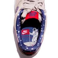 Nike 推出 NASA 主题系列鞋款!