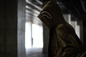 A BATHING APE 全新 Shark Parachute Jacket 即将上架!